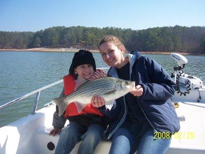 Lake carters info carters lake information for Carters lake fishing report